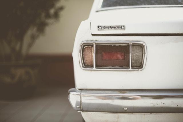 auto delovi